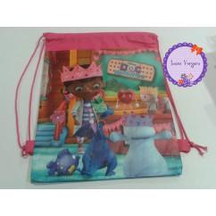 mochila de merienda doctora juguetes